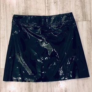 RALPH LAUREN COLLECTION PATENT LEATHER SKIRT